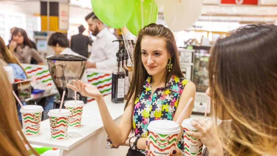 "Kennedy's Coffee открылась в ТРЦ ""Арена"" в Барнауле и в Кемерово."