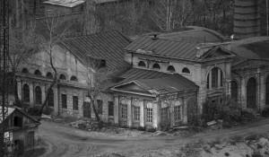 Вид на первую электростанцию со стороны Ковша.
