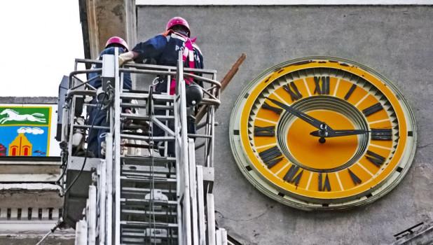 Барнаульские часы.