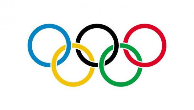 Олимпийский флаг.