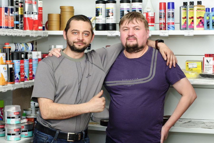 Предприниматель Вадим Пудовкин (справа) и его компаньон Данил Морев (слева).