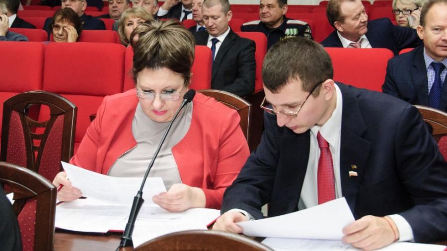 Руководитель фракции КПРФ в городской Думе Елена Хрусталева.