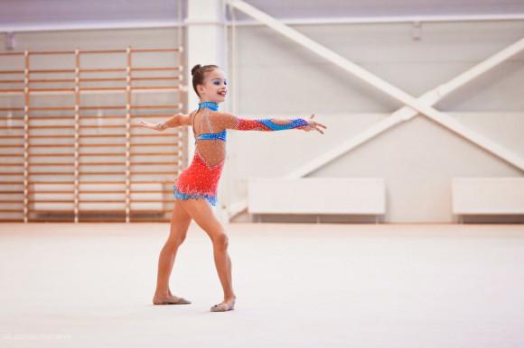 молодые девочки гимнастки голые
